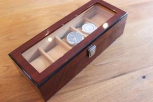 Uhrenkasten / Uhrenbox von Uten
